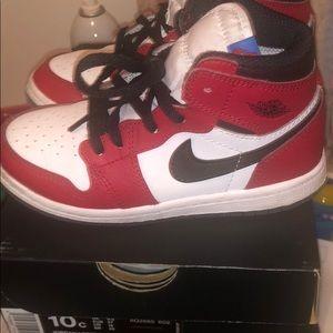 Jordan Shoes - Retro 1 high in excellent condition